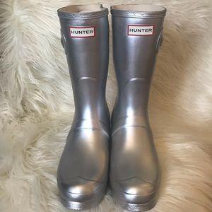 Hunter NIB Silver Rain Boots Size 11